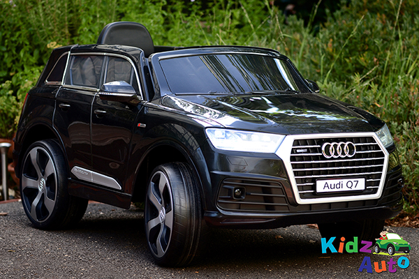 Audi-Q7-Black-Ride-on-Car-Front-Side