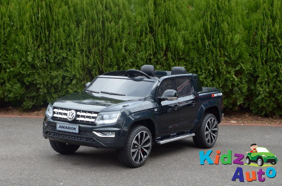 KA436 – Licensed VW Amarok – Black – Profile
